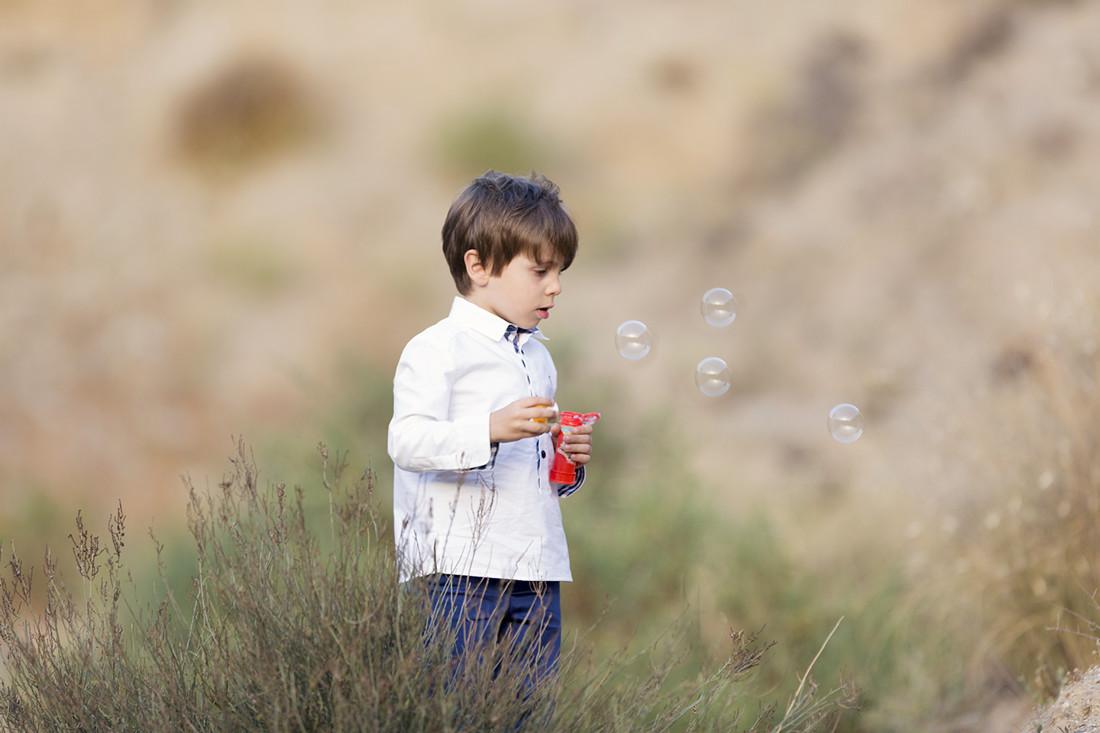reportajes-diferentes-exclusivos-niños-en-exteriores-Almería