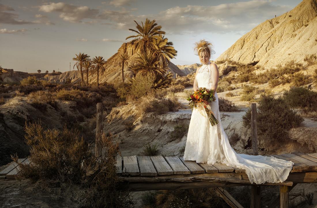 novia-en-el-desierto-de-Tabernas